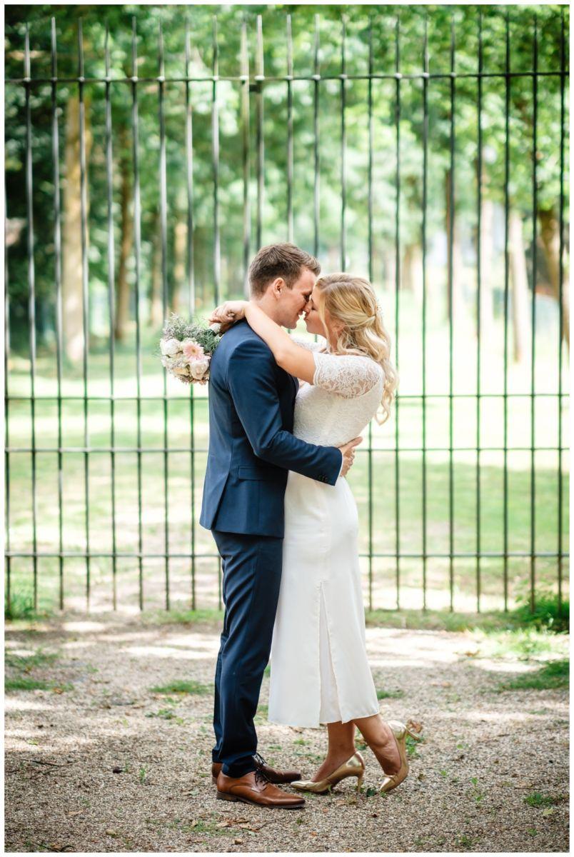 hochzeit standesamt standesamtliche Trauung schloss Moyland niederrhein fotograf 47 - Standesamtliche Hochzeit auf Schloss Moyland