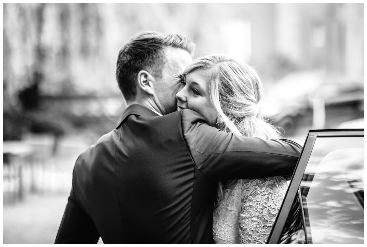 hochzeit standesamt standesamtliche Trauung schloss Moyland niederrhein fotograf 6 - Standesamtliche Hochzeit auf Schloss Moyland