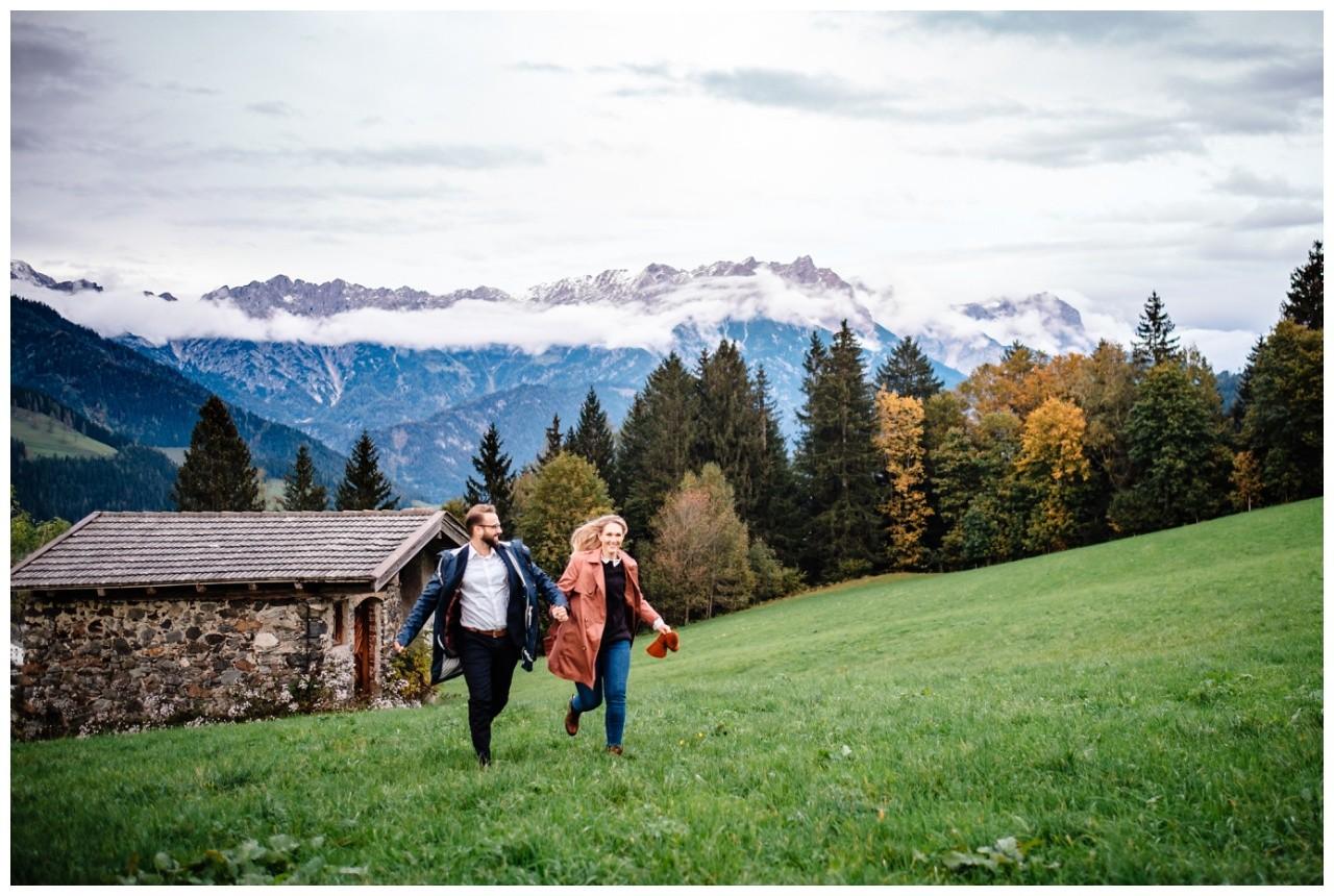 Verlobungsfotos Oesterreich Fotoshooting Paarshooting Leogang 31 - Verlobungsbilder in Österreich