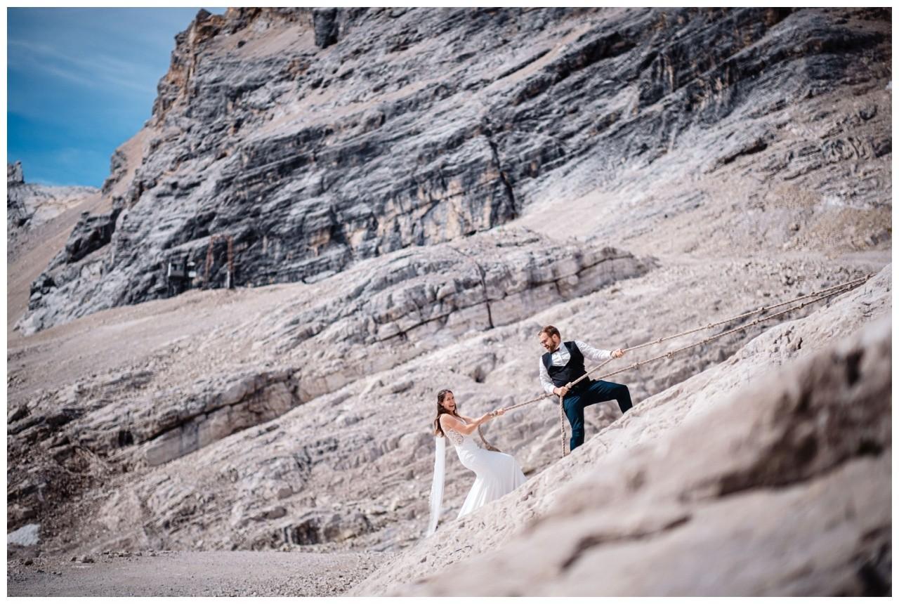 hochzeitsfoto eibsee zugspitze gamisch hochzeitsfotograf foto paarshooting 11 - Hochzeitsfotos am Eibsee