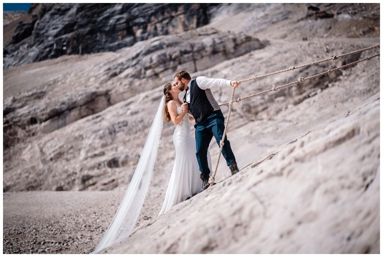 hochzeitsfoto eibsee zugspitze gamisch hochzeitsfotograf foto paarshooting 14 - Hochzeitsfotos am Eibsee
