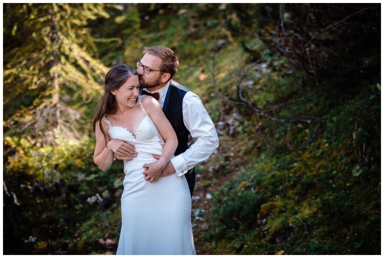 hochzeitsfoto eibsee zugspitze gamisch hochzeitsfotograf foto paarshooting 21 - Hochzeitsfotos am Eibsee