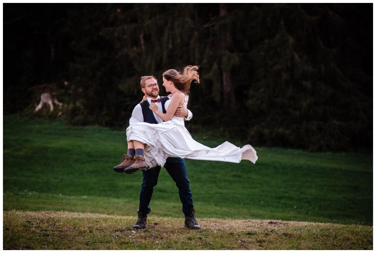 hochzeitsfoto eibsee zugspitze gamisch hochzeitsfotograf foto paarshooting 40 - Hochzeitsfotos am Eibsee