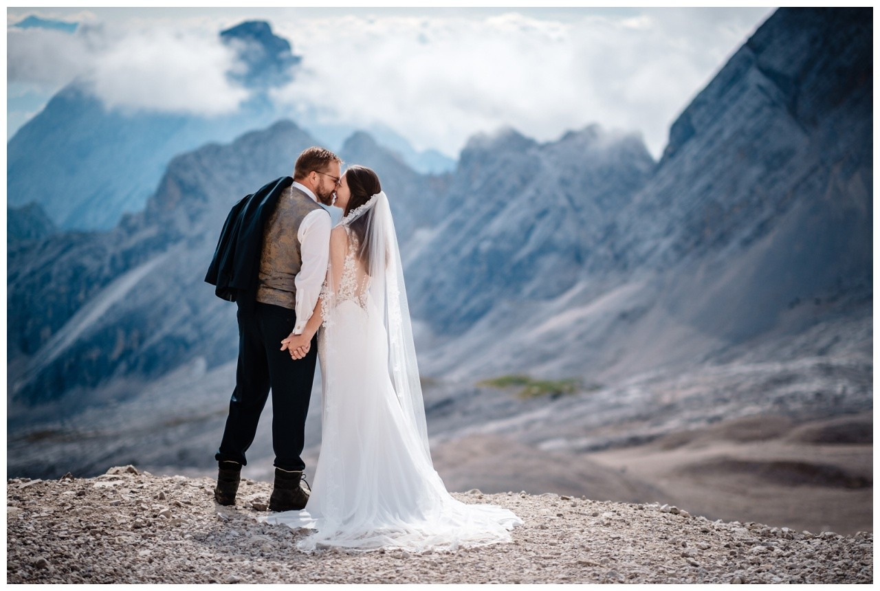 hochzeitsfoto eibsee zugspitze gamisch hochzeitsfotograf foto paarshooting 9 - Hochzeitsfotos am Eibsee