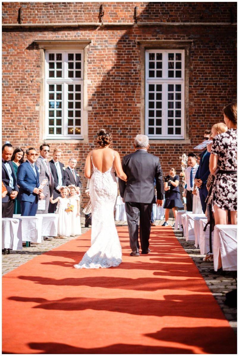 Hochzeit Schloss Herten Ruhrgebiet Hawaii Asiaten Hochzeitsfotograf heiraten 50 - Hawaii Hochzeit auf Schloss Herten