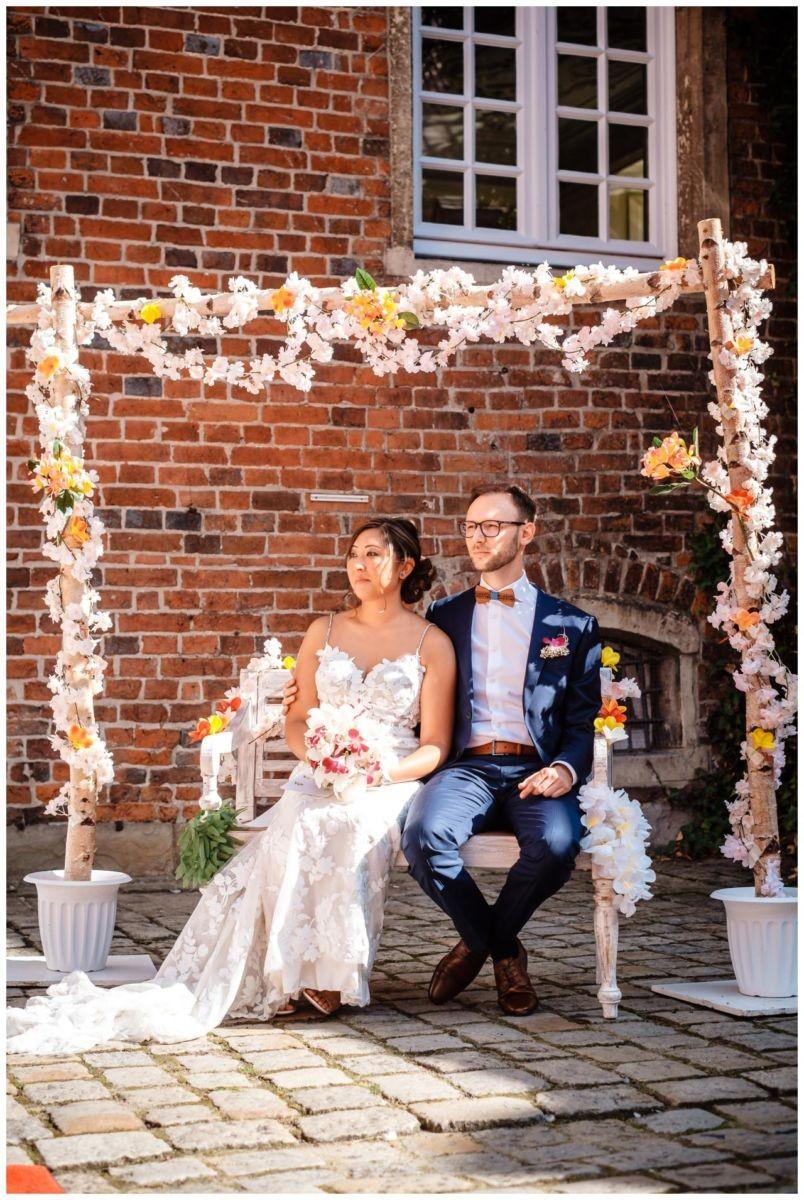 Hochzeit Schloss Herten Ruhrgebiet Hawaii Asiaten Hochzeitsfotograf heiraten 54 - Hawaii Hochzeit auf Schloss Herten