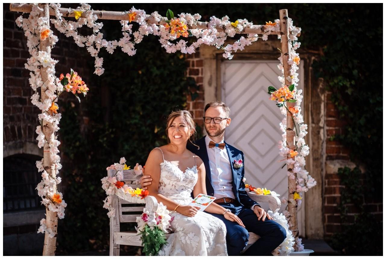 Hochzeit Schloss Herten Ruhrgebiet Hawaii Asiaten Hochzeitsfotograf heiraten 57 - Hawaii Hochzeit auf Schloss Herten