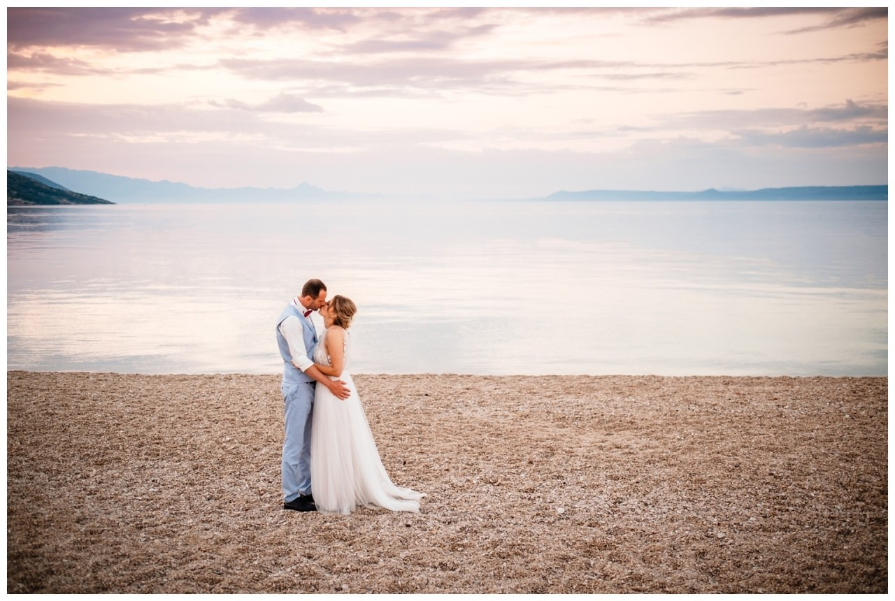 hochzeit kroatien ausland gardasee fotograf strand 105 - Hochzeit am Strand in Kroatien