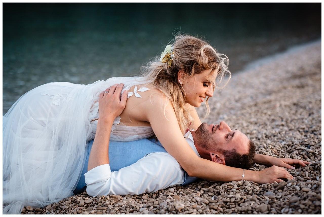 hochzeit kroatien ausland gardasee fotograf strand 117 - Hochzeit am Strand in Kroatien