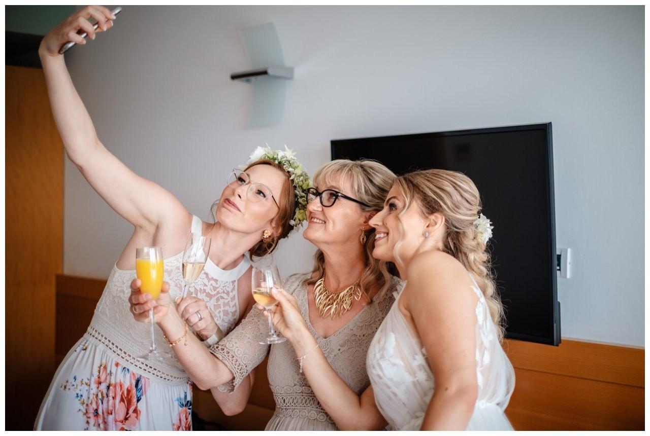 hochzeit kroatien ausland gardasee fotograf strand 26 - Hochzeit am Strand in Kroatien