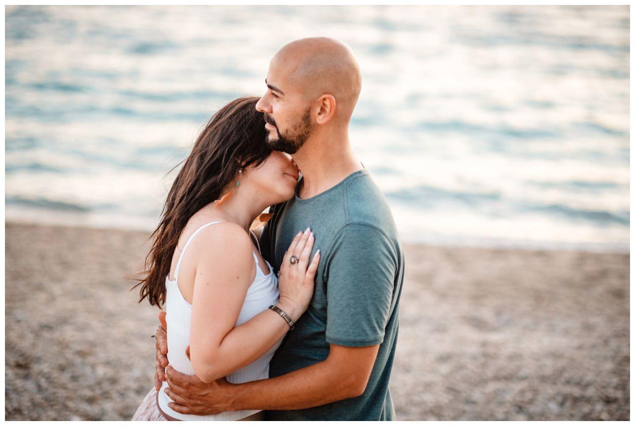 verlobungsshooting strand paarshooting hochzeit hochzeitsfotograf kroatien 19 - Verlobungsshooting am Strand
