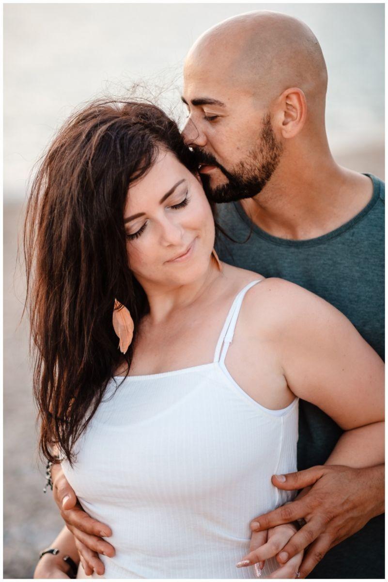 verlobungsshooting strand paarshooting hochzeit hochzeitsfotograf kroatien 20 - Verlobungsshooting am Strand