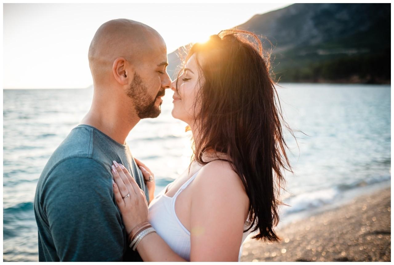 verlobungsshooting strand paarshooting hochzeit hochzeitsfotograf kroatien 8 - Verlobungsshooting am Strand