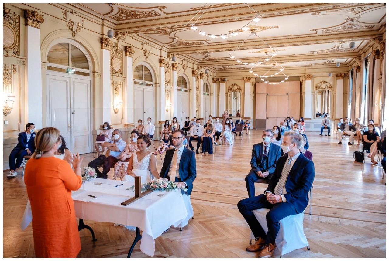 standesamtliche Trauung Stadthalle Wuppertal Hochzeit Fotograf 21 - Standesamtliche Trauung in der historische Stadthalle Wuppertal