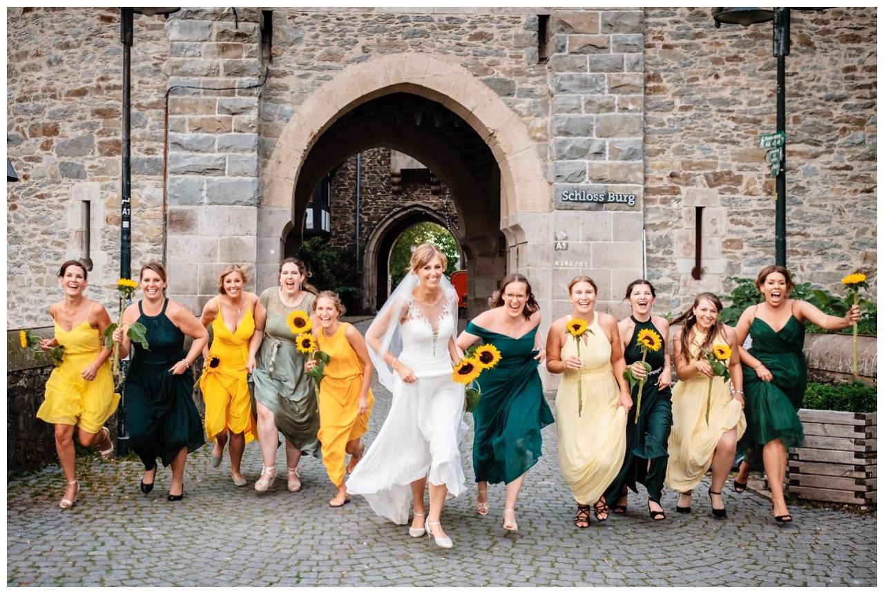 Hochzeit Schloss Burg solingen heiraten hochzietsfotograf 66 - Hochzeit auf Schloss Burg