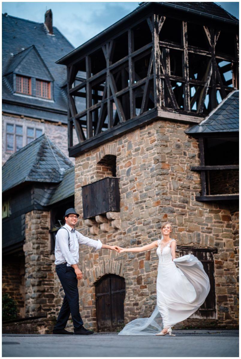 Hochzeit Schloss Burg solingen heiraten hochzietsfotograf 75 - Hochzeit auf Schloss Burg