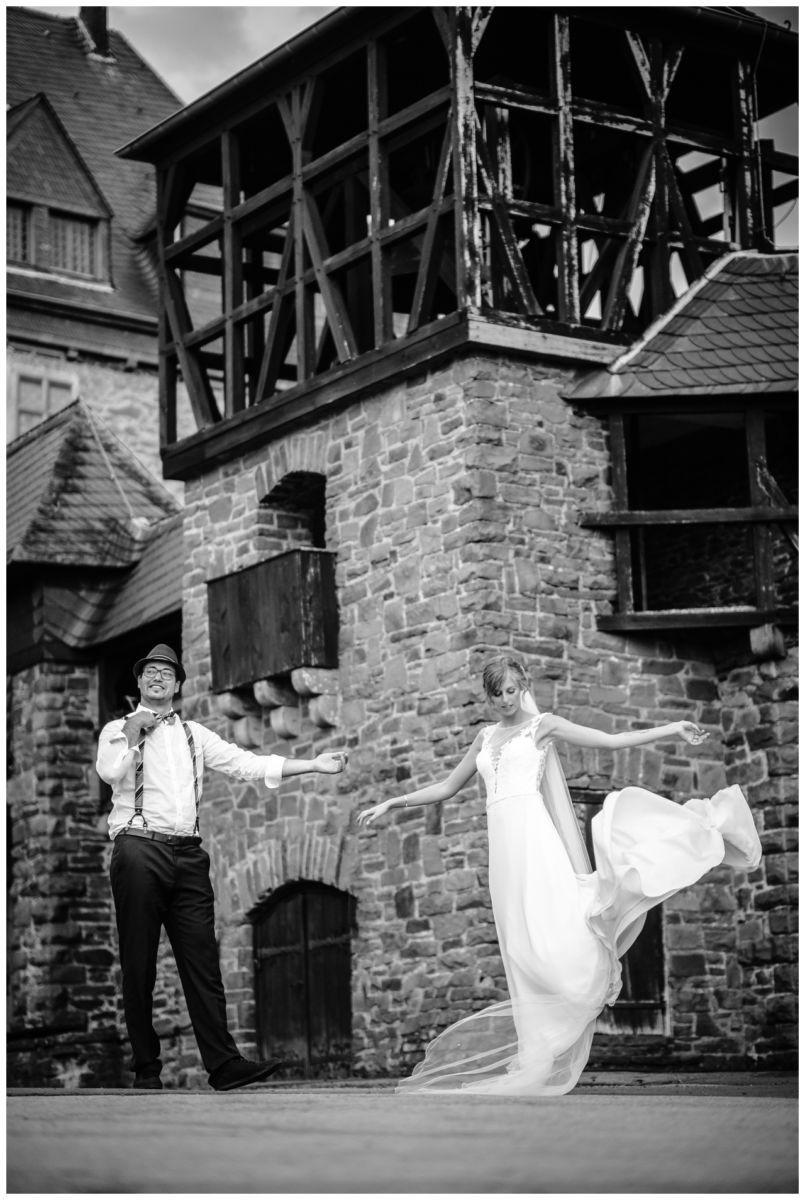 Hochzeit Schloss Burg solingen heiraten hochzietsfotograf 76 - Hochzeit auf Schloss Burg