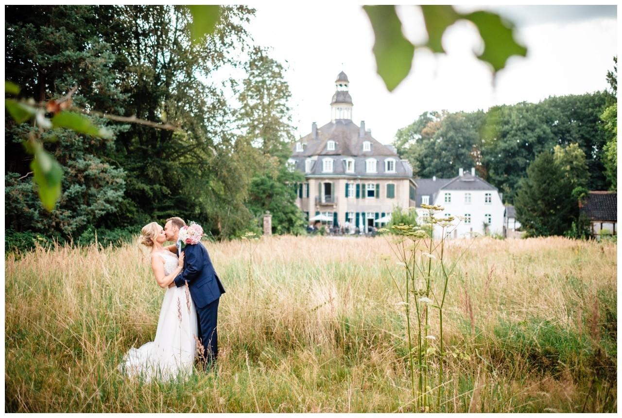 Hochzeit Schloss Hackhausen Fotograf Solingen Freie Trauung 75 - Freie Trauung auf Schloss Hackhausen