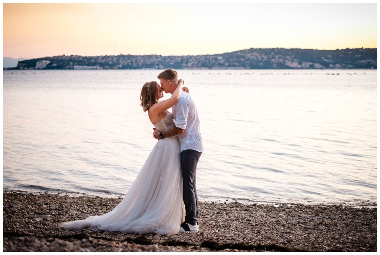 Hochzeitsfotos Strand after wedding Shooting hochzeit kroatien ausland fotograf 8 - After Wedding Shooting in Split
