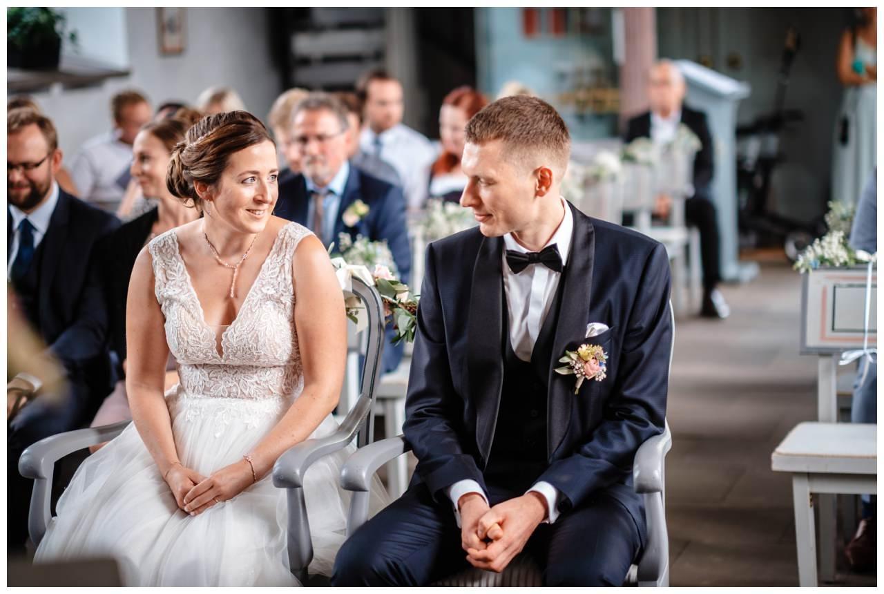 Hochzeit Delling Koeln Hochzeitsfotograf Kapelle 32 - Kirchliche Hochzeit in Kürten