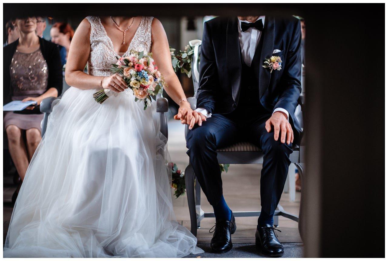 Hochzeit Delling Koeln Hochzeitsfotograf Kapelle 37 - Kirchliche Hochzeit in Kürten