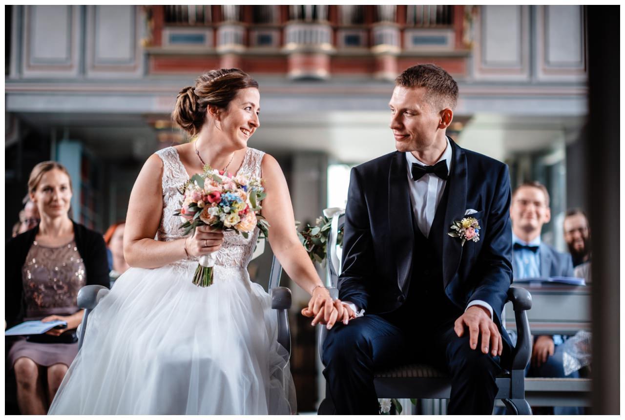 Hochzeit Delling Koeln Hochzeitsfotograf Kapelle 38 - Kirchliche Hochzeit in Kürten