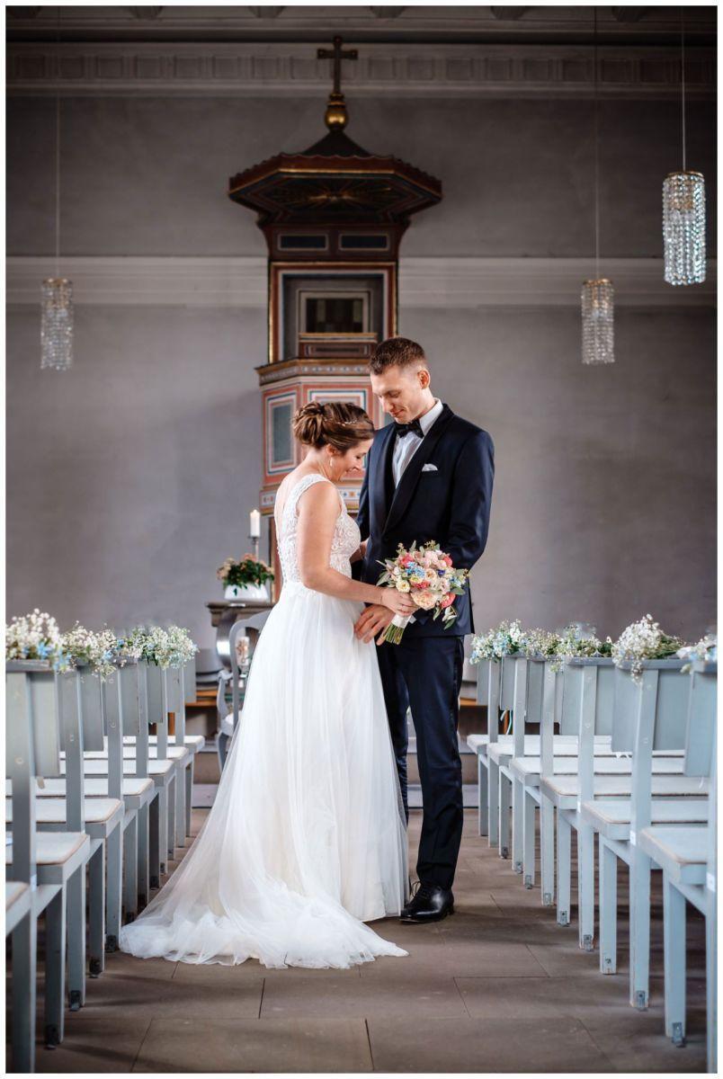 Hochzeit Delling Koeln Hochzeitsfotograf Kapelle 40 - Kirchliche Hochzeit in Kürten
