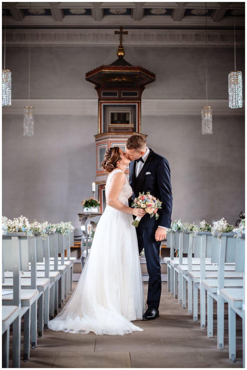 Hochzeit Delling Koeln Hochzeitsfotograf Kapelle 41 - Kirchliche Hochzeit in Kürten