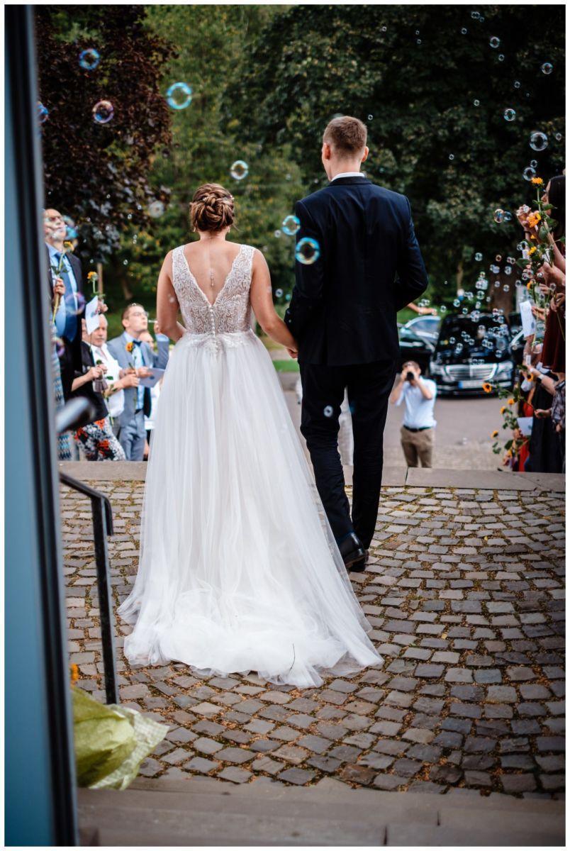 Hochzeit Delling Koeln Hochzeitsfotograf Kapelle 42 - Kirchliche Hochzeit in Kürten