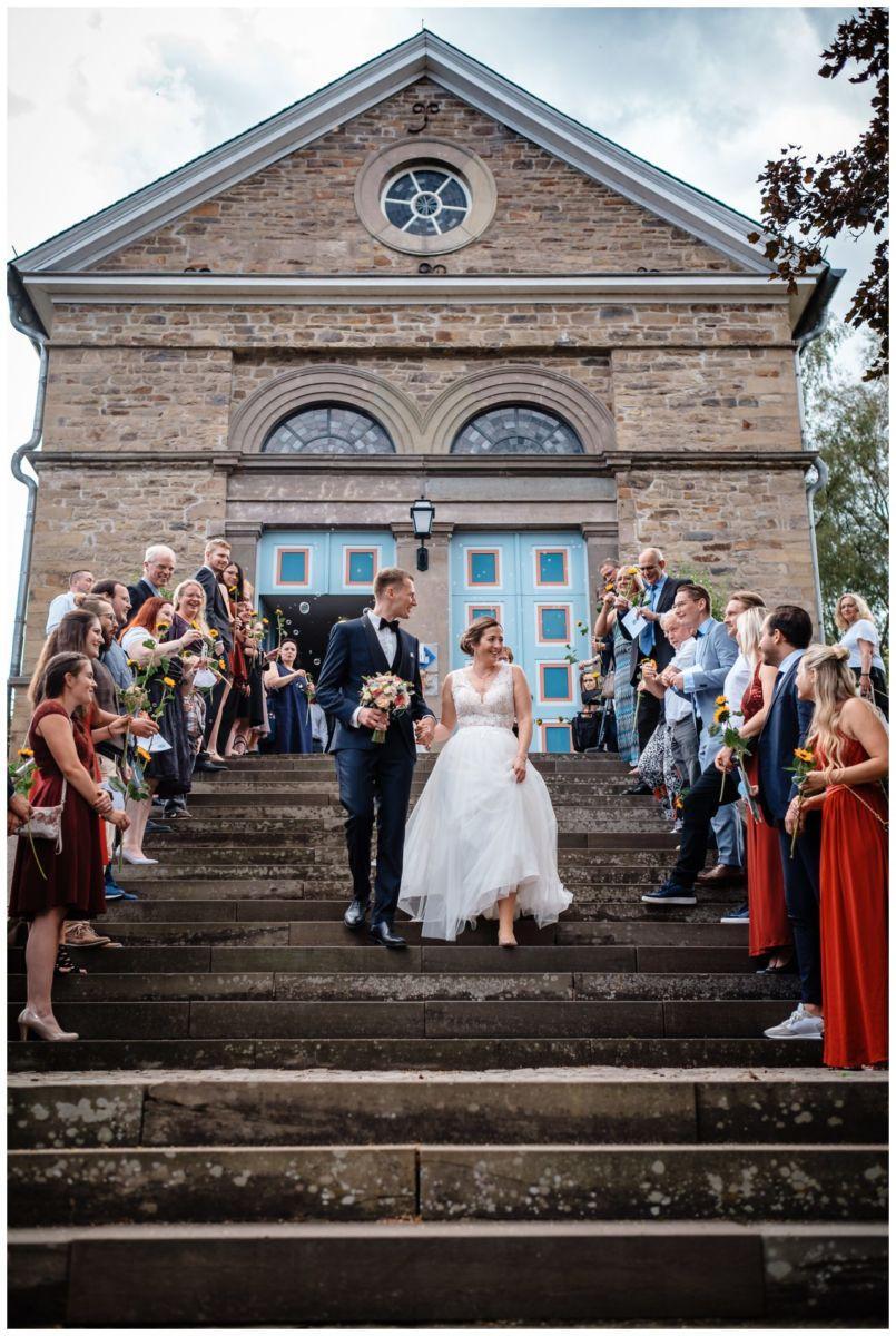 Hochzeit Delling Koeln Hochzeitsfotograf Kapelle 43 - Kirchliche Hochzeit in Kürten