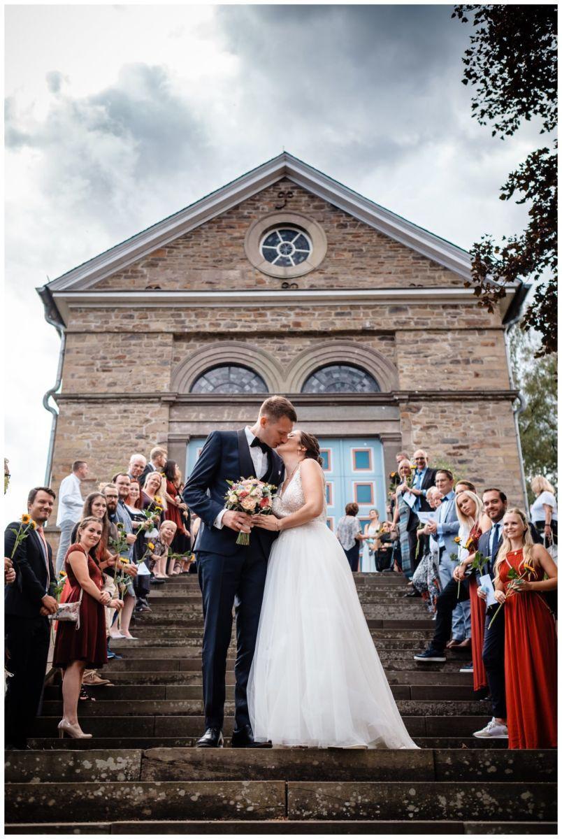 Hochzeit Delling Koeln Hochzeitsfotograf Kapelle 45 - Kirchliche Hochzeit in Kürten