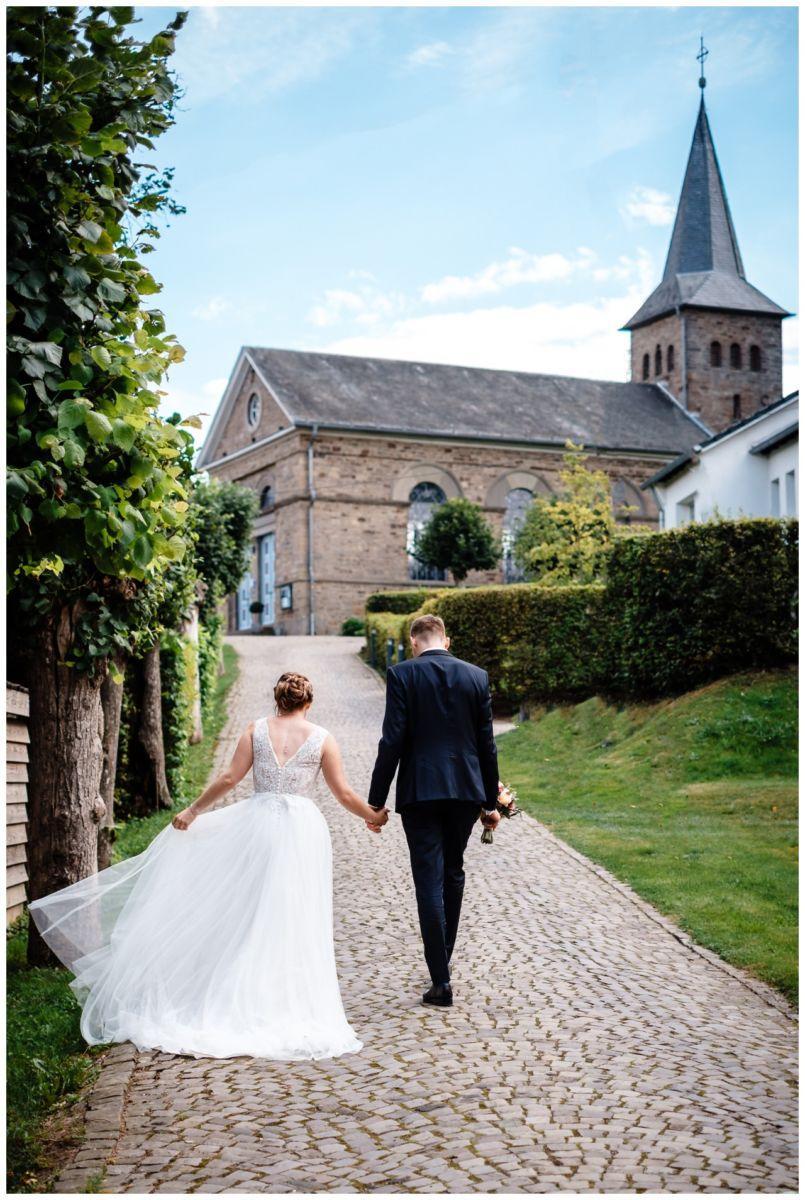 Hochzeit Delling Koeln Hochzeitsfotograf Kapelle 53 - Kirchliche Hochzeit in Kürten