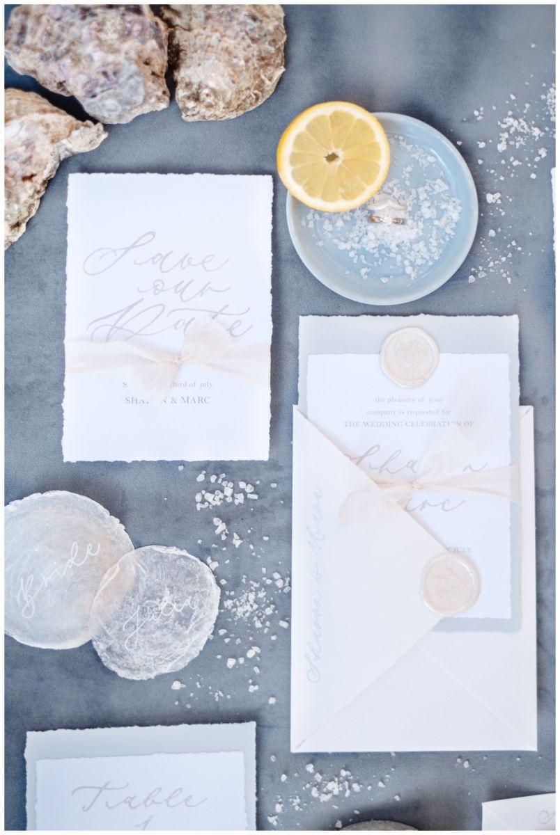 Hochzeitspapeterie Einladungskarte Einladung Hochzeit Flatlay Fotograf 12 - Eure Einladung als Flatlay inszeniert